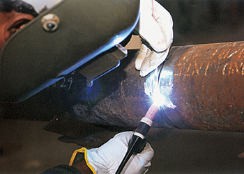 Mechanised welding at a Raymond fabrication yard