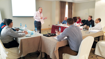 Nicolai speaking at a course for SGB Al Dabal staff