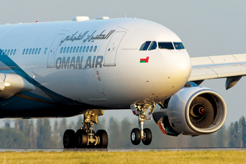 The deal positions Oman's national airline for fleet expansion