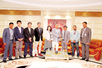 Japanese jewellery delegation visiting the show