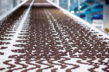 Mondelez's new plant manufactures Oreo cookies and Barnie cakes
