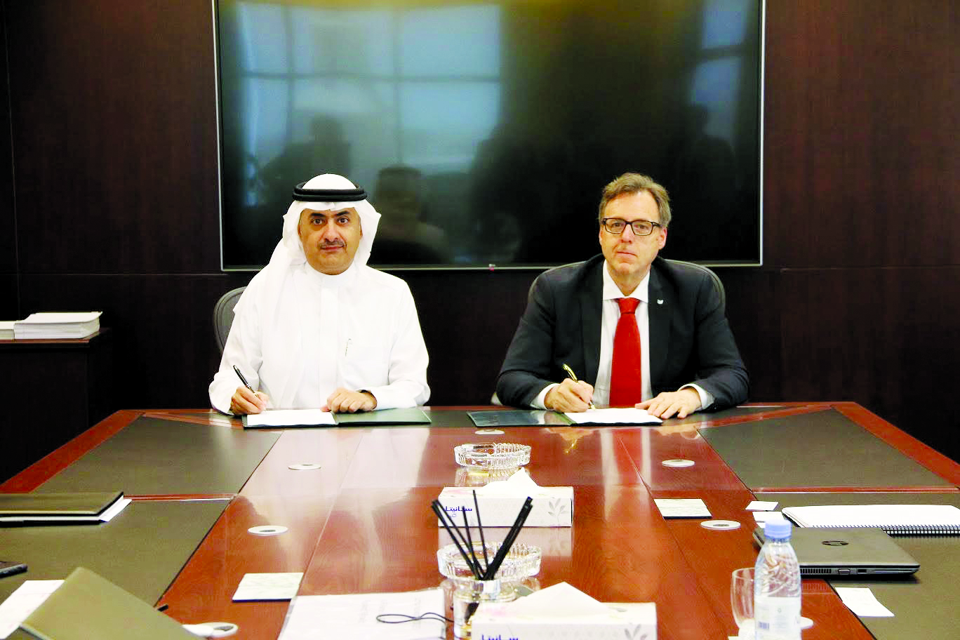 Faisal Al Quraishi, chairman, Ali Zaid Al Quraishi & Brother Co (left), and Stefano Zenti, executive
