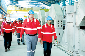 Shaikh Daij (right) and Murray on a visit to Line 6 smelter site