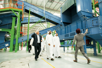 The Recycling Hub has an annual processing capacity of 100,000 tonnes of total intergated waste