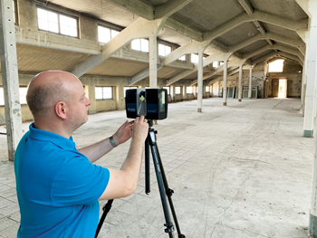 Scanning of a factory hall